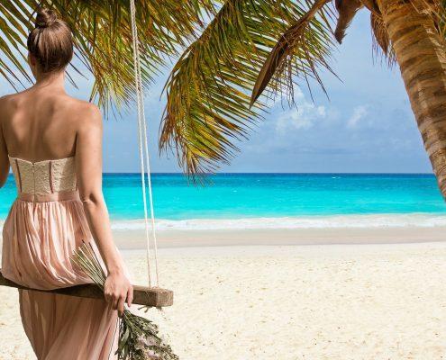 Wakacje - na własną rękę, czy z biurem podrózy?